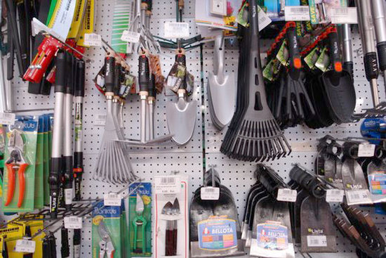 venta-herramientas-jardineria-sanchez-barcelona-garden