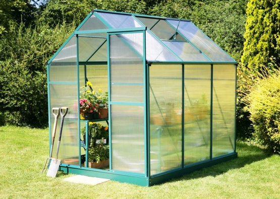invernaderos-jardin-proteger-plantas-del-frio