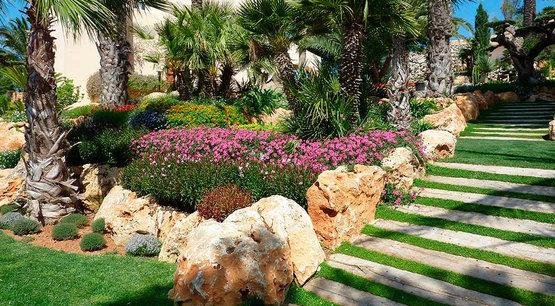 Centro de jardiner a s nchez garden center barcelona - El jardin mediterraneo ...