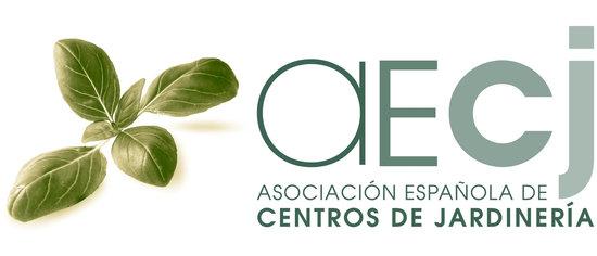 """Disponible el número de verano de """"Verde es Vida"""", tu revista de jardinería."""
